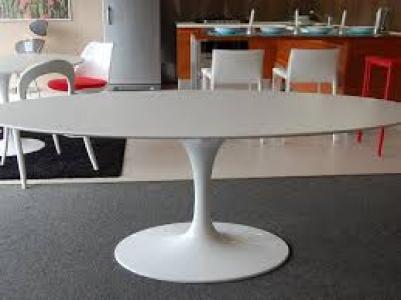Tavolo Tulip Saarinen Laminato Liquido Ovale